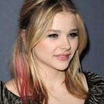 Chloe Grace Moretz Half Up Half Down Hairstyle with Red Streaks