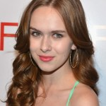 Elizabeth McLaughlin Long Hairstyle with Curls