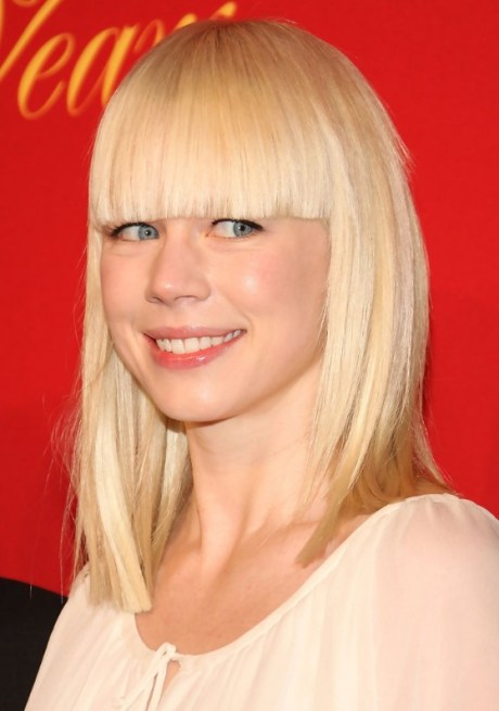 Long Blonde Blunt Hairstyle 2013