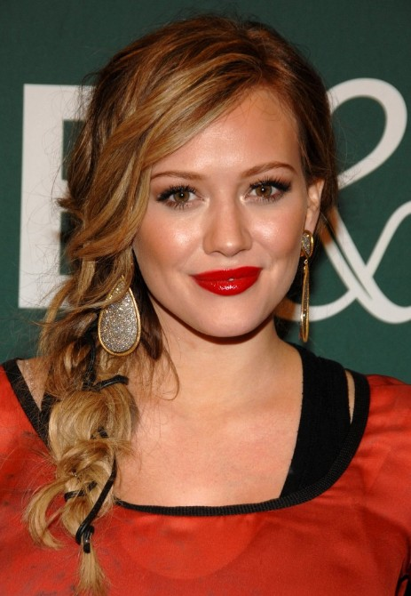 Loose Side Ponytail with Braid