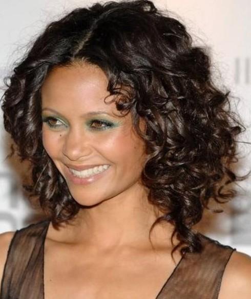 Sexy Medium Curly Hairstyles
