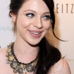 Michelle Trachtenberg Loose Ponytail Hairstyle for Long Hair