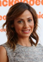 Natalie Imbruglia Hairstyle with Side Swept Bangs