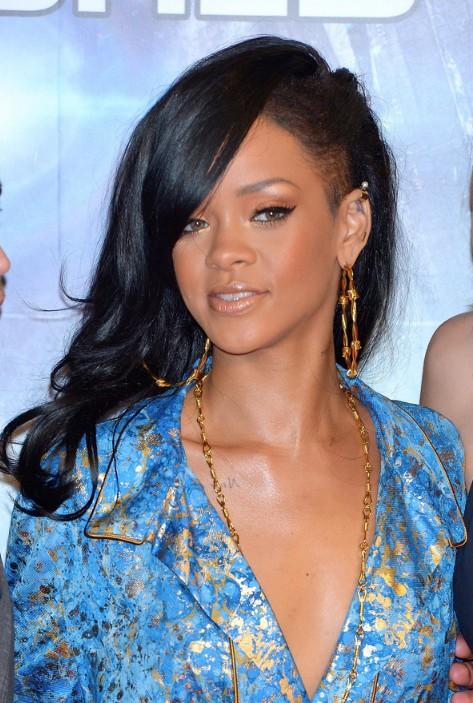 Rihanna Layered Long Black Hairstyle for black women