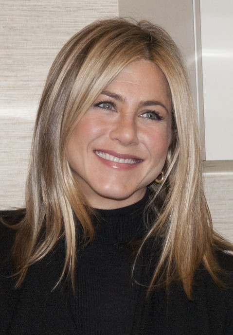 Women's Long Layered Hair Styles - Jennifer Aniston Straight Hairstyle