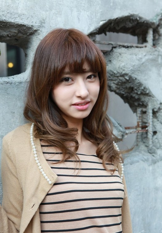 Asian cute shoulder length hairstyle with bangs