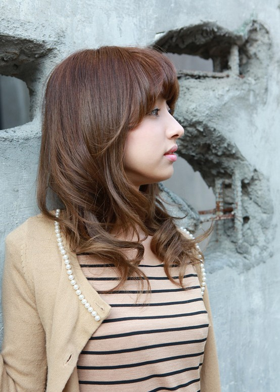 Asian shoulder length wavy hairstyles