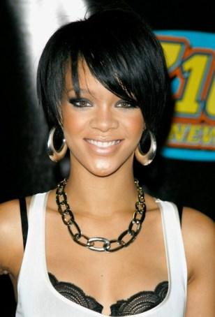 Cute African American Hairstyles from Rihanna: Cute Bob Cut