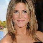Jennifer Aniston Medium Straight Hairstyle: Sexy Ombre Hair!
