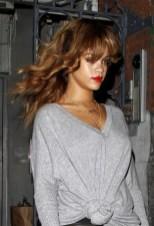 Rihanna Long Wavy Hairstyles with Bangs