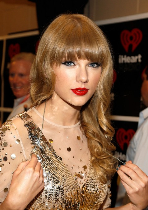 Taylor Swift Hairstyles
