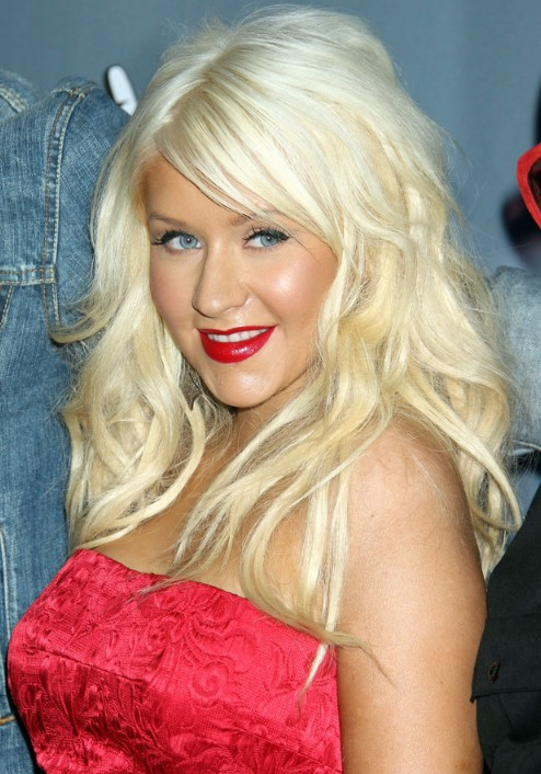 Christina Aguilera Long Blonde Wavy Hairstyle With Bangs