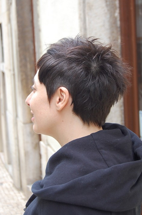 Chic Short Dark Haircut for Women