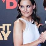 Katie Holmes Medium Wavy Hairstyle