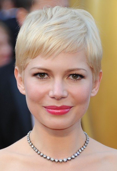 Michelle Williams Short Haircut Sweet Subtly Styled Pixie