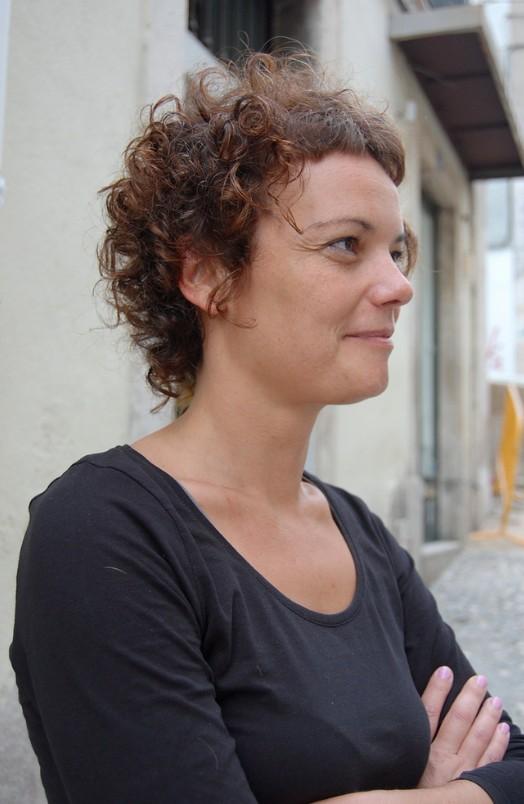 Popular Feminine Curly Hairstyle 2013