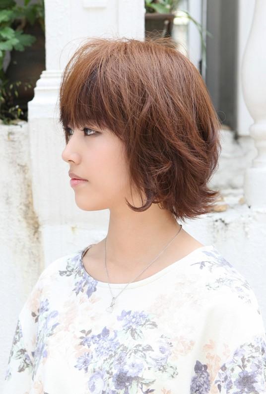 Asian Hairstyles Soft Amp Casual Wavy Brown Bob Haircut