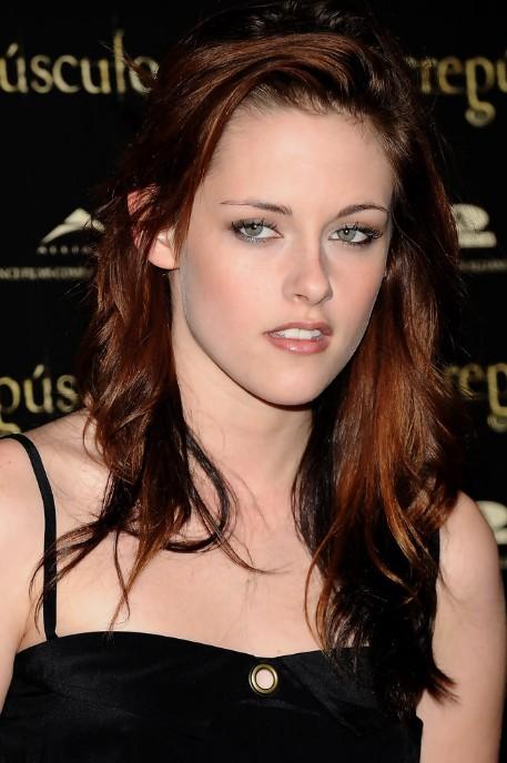 Kristen Stewart Layered Shoulder Length Red Tinted Hairstyle