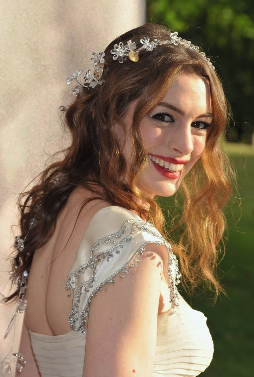 Anne Hathaway Hairstyles - Romantic Wavy Wedding Hairstyles