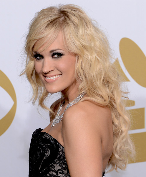 Glamorous Blonde Waves With Fringe Carrie Underwood