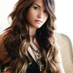 Demi Lovato Sexy long big wave hairstyle