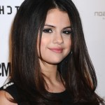 Popular long hairstyle for girls: Selena-Gomez hairstyle
