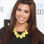 Lovely simple easy hair style for women - Kourtney Kardashian hairstyle