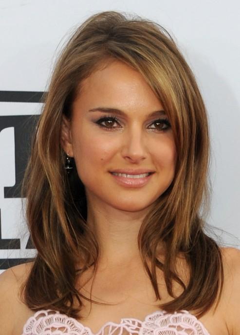 Medium legnth hair style for women - Natalie Portman hairstyle