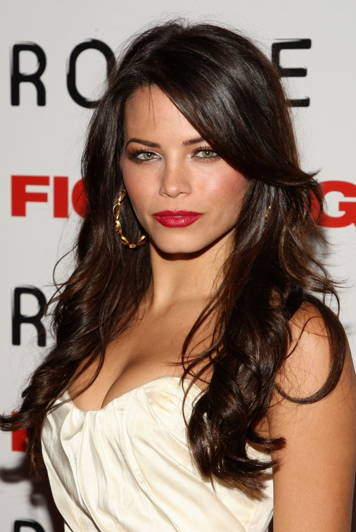 Long Sultry Brunette With Casual Soft Twists Jenna Dewan