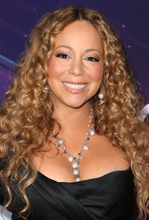 Long Tight Waves With Balayage Highlighting Mariah Carey