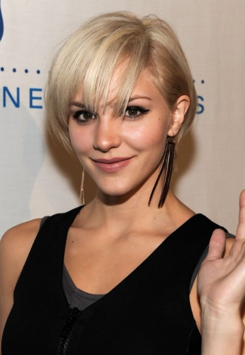 Cute Layered Short Blonde Bob Hairstyle with Bangs - Katharine McPhee Hairstyles