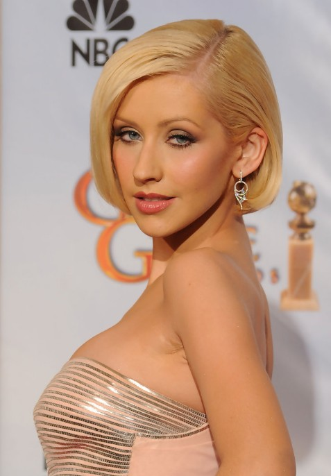 Side Part Short Sleek Bob Haircut - Blonde Hairstyles - Christina Aguilera Hairstyles