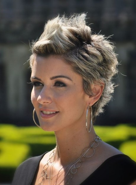 Amanda Forrest Short Hairstyle - Spiked Short Haircut for Spring