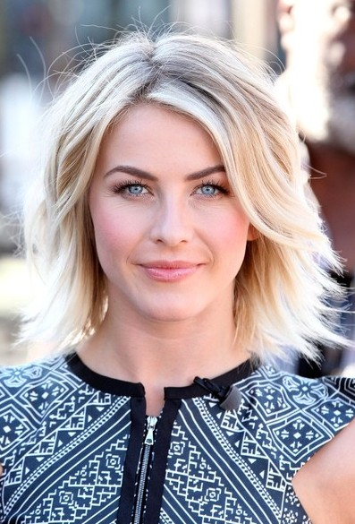 Julianne Hough Short Haircut - Sexy Layered Short Hairstyle for Thick Hair
