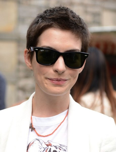 Anne Hathaway Boy Cut for Women - Hairstyle for Summer