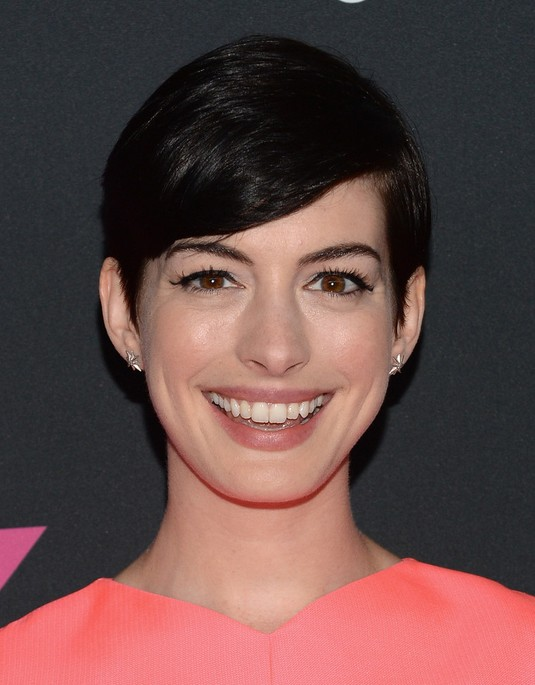 2014 Short Haircut from Anne Hathaway
