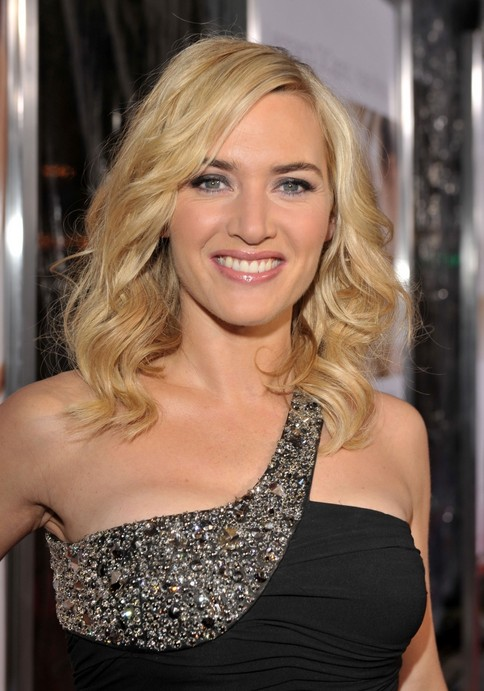 Kate Winslet hairstyles - daily shoulder length wavy hairstyle for women