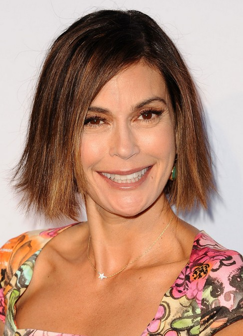 Teri Hatcher Short Haircuts