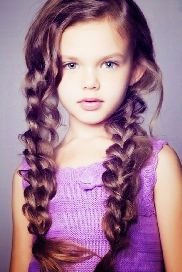 Girls Long Hairstyle: Easy Braid