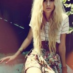 Indie hairstyles for chicks Messy Hippy Waves with Forehead Braid