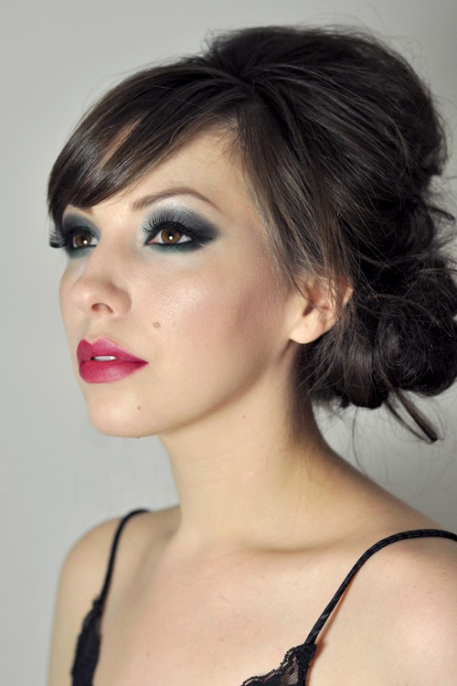 Trendy Bouffant Low Chignon with Smoky Eyes