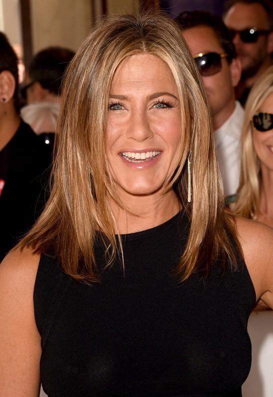 Jennifer Aniston Latest Medium Layered Hairstyle for 2015