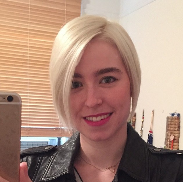 Simple Easy Short Straight Hairstyle for Winter