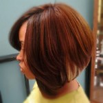Side view of shrot stacked bob hairstyle for black women