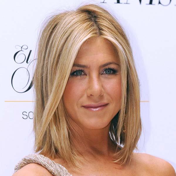 Jennifer-Aniston lob hairstyle for thin hair