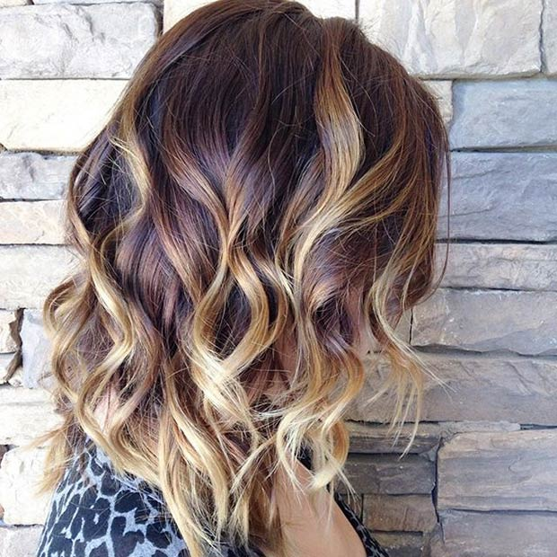 bob hairstyle with REDDISH BROWN ROOTS + BLONDE HIGHLIGHTS