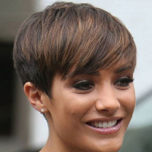 simple easy daily haircut - highlighted pixie cut for medium to thick hair