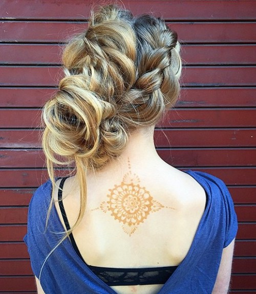 Gorgeous Updo Hairstyles for Medium or Long Hair