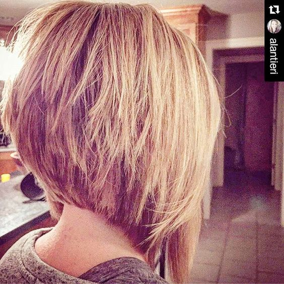 inverted stacked bob hairstyle for short hair 2017