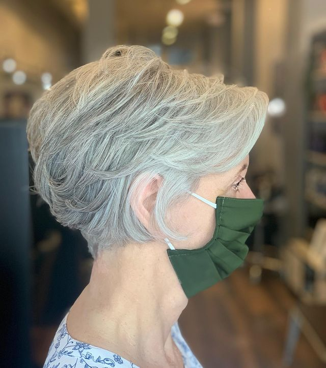 9 Trendy Short Hairstyles for Gray Hair